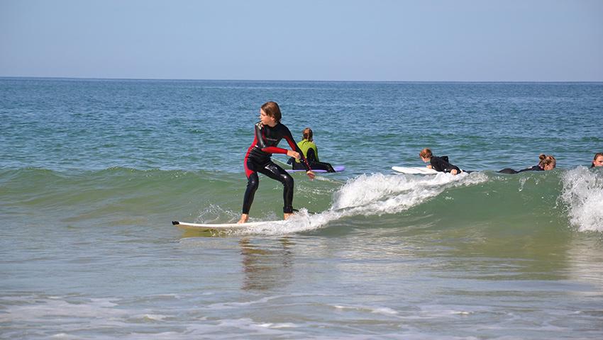 Ecole de surf à Hourtin : cours de surf pour apprendre le surf à Hourtin Plage