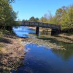 Pont vers l'ile aux enfants de Hourtin en Gironde
