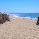 Accès à la plage centrale d'Hourtin dans le Médoc